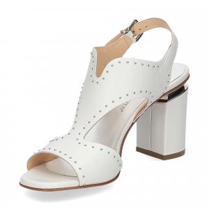 Andrea Schuster sandalo pelle bianca borchiette-4
