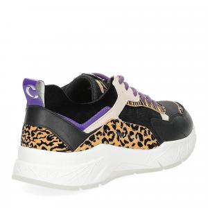 Crime London komrad leopard-5