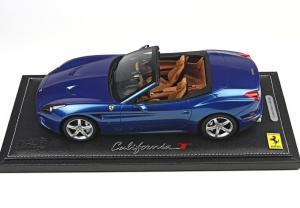 Ferrari California T 84° Geneve Auto Show Roof Open Metallic Blue 1/18