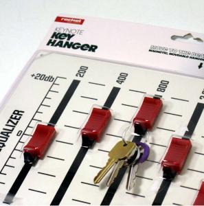 Porta chiavi in metallo equalizzatore