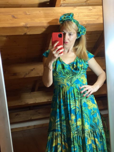 Vestito lungo in fantasia Vicolo scollato sulla schiena