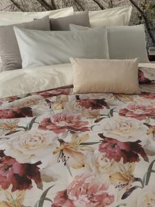 Trapunta Estiva Matrimoniale 270x270 cm Cotone 100% Naturale stampa digitale, elegante Trapuntino con motivo Floreale | FLORES