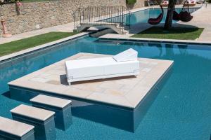Materasso da Esterno in Ecopelle interno in Waterfoam ad Alta densità, Elegante lettino 80x200 | Ibiza