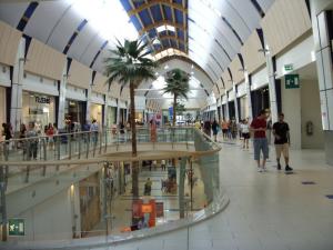Sanificazioni ambienti 1000,00 mq : sale attesa , centri commerciali