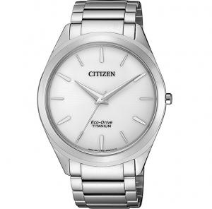 Citizen Unisex Supertitanio 6520 - 39mm. Cassa e bracciale supertitanio Quadrante bianco