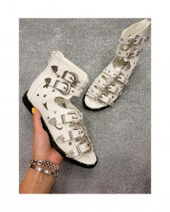 Sandalo fibie
