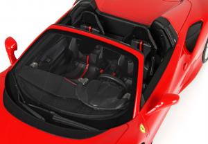 Ferrari F8 Tributo Spider Rosso Corsa With Case 1/18