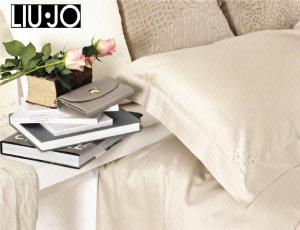 LIU JO HOME. Completo lenzuola ERICA in raso Cotone 100%. Matrimoniale, 2 piazze