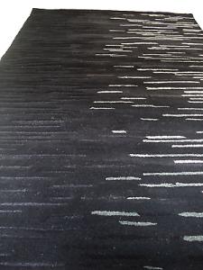 WISSENBACH - LENNOX 41N Tappeto tessuto a mano - 140x200 - 2,8mq.  Nero grigio.
