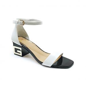 Sandalo bianco con logo Guess