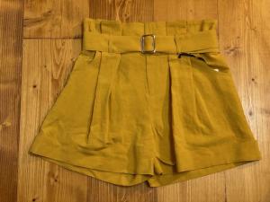 Short Vicolo misto lino con cintura