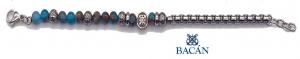Elegante bracciale da uomo composto da una catena in acciaio con perle in pietra naturale.