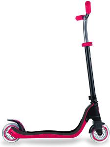 Globber Monopattino 2 ruote 4 regolazione in altezza e utilizzabile da 6 anni in su.