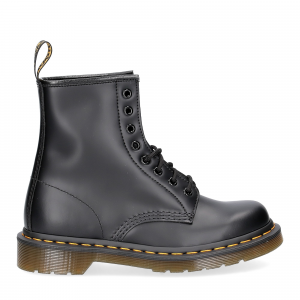 Dr. Martens Anfibio Uomo 1460 black smooth-2