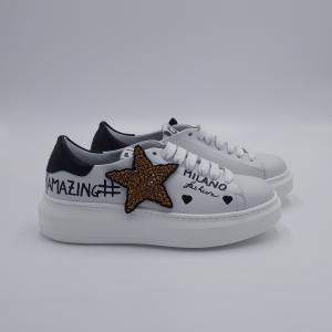 Sneaker con stella GIO+