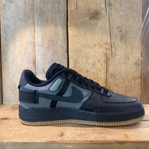 Scarpa Nike Air Force One - Type 1 Nera con Suola Gum
