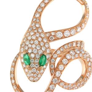 Anello in oro rosa, diamanti e smeraldi