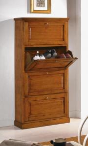 Classic 4 door shoe rack