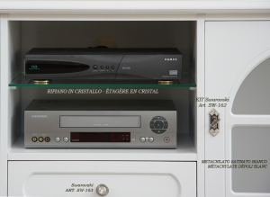Entertainment TV cabinet in wood Diamante