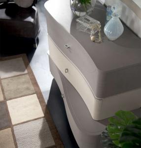Modern design dresser 3 drawers