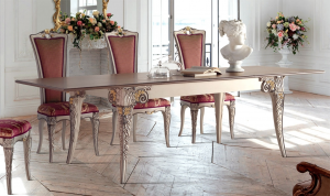 Decorated dining table Fenice