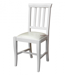 Everyday chair with padded seat
