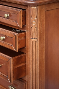 Wood chest of 7 drawers