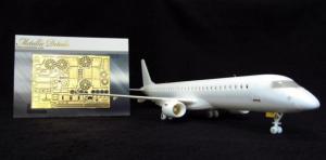 Embraer 195 (Revell)