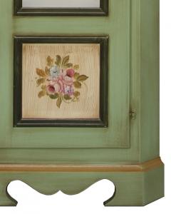 Eckvitrine im Landhausstil Farbe grün