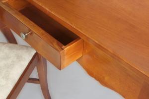 Klassischer Schreibtisch mit 1 Schublade