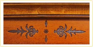Schreibtisch mit Ledereinlage 5 Schubkästen