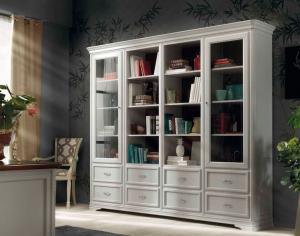 Bücherschrank mit Glastüren klassisch