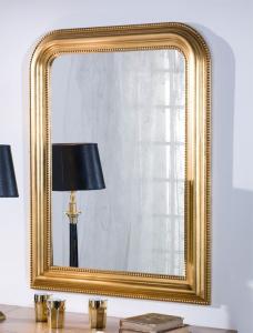 Miroir classique doré à la feuille