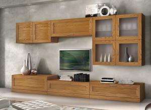 TV-Wohnwand aus Eschenholz mit Hängevitrine