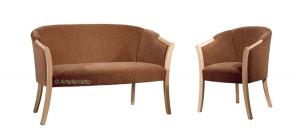Petit canapé enveloppant bois et tissu Shelly