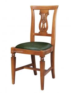 Klassischer Stuhl Mithos