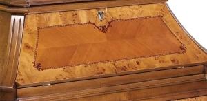 Trumeau mit 3 Schubladen und Klappe