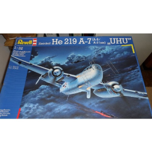 HEINKEL HE 219 A- 7 ( A-5/ A-2 LATE ),UHU  REVELL KIT