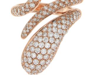 Anello in oro rosa con diamanti