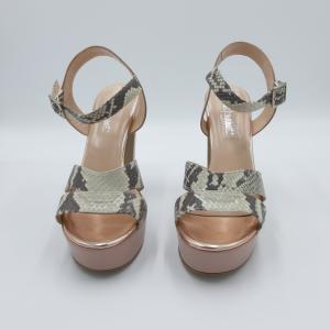 Sandalo tacco plateau nude e pitonato Le Marinè