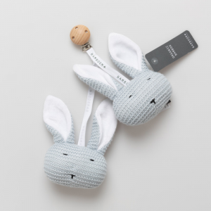 Coniglietti con clip in legno Light Blue