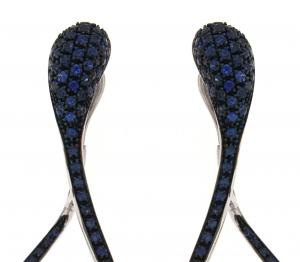 Orecchini cm.5 in oro bianco e zaffiri blu