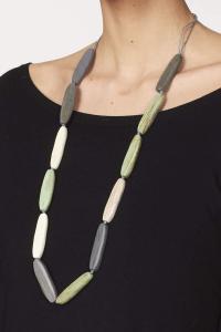 Collana in legno verde | Bigiotteria etnica online