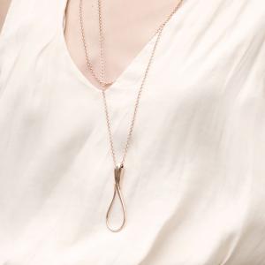 Ciondolo con catena in oro rosa