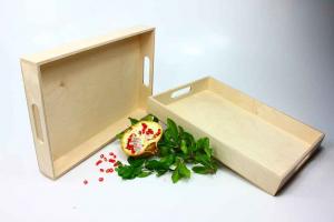 Vassoio rettangolare grande in legno con presa mano