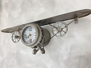 Orologio AEREO da Parete in Metallo anticato.