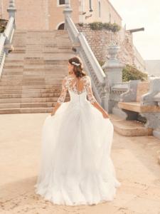 Abito sposa mod. FERIA linea WHITE ONE - PRONOVIAS