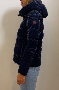 MUSEUM ARLETTE PL600 Piumino corto in piuma d'oca tessuto cangiante con cappuccio