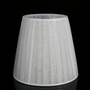 Paralume Ø12 Ø8 h11 cm tronco conico rivestito da organza grigio chiaro. Montatura bianca a molla.