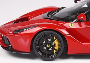 Ferrari LaFerrari 2013 Red Carbon Roof Gloss Black Wheels Ltd 99 Pcs 1/18 Bbr